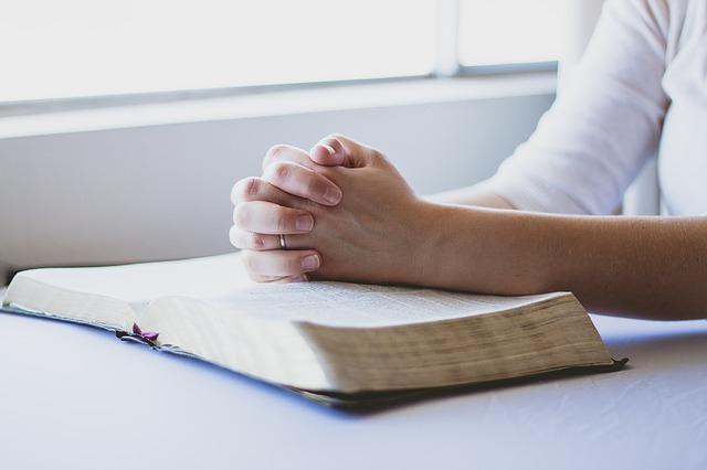 prayer-1308663_640